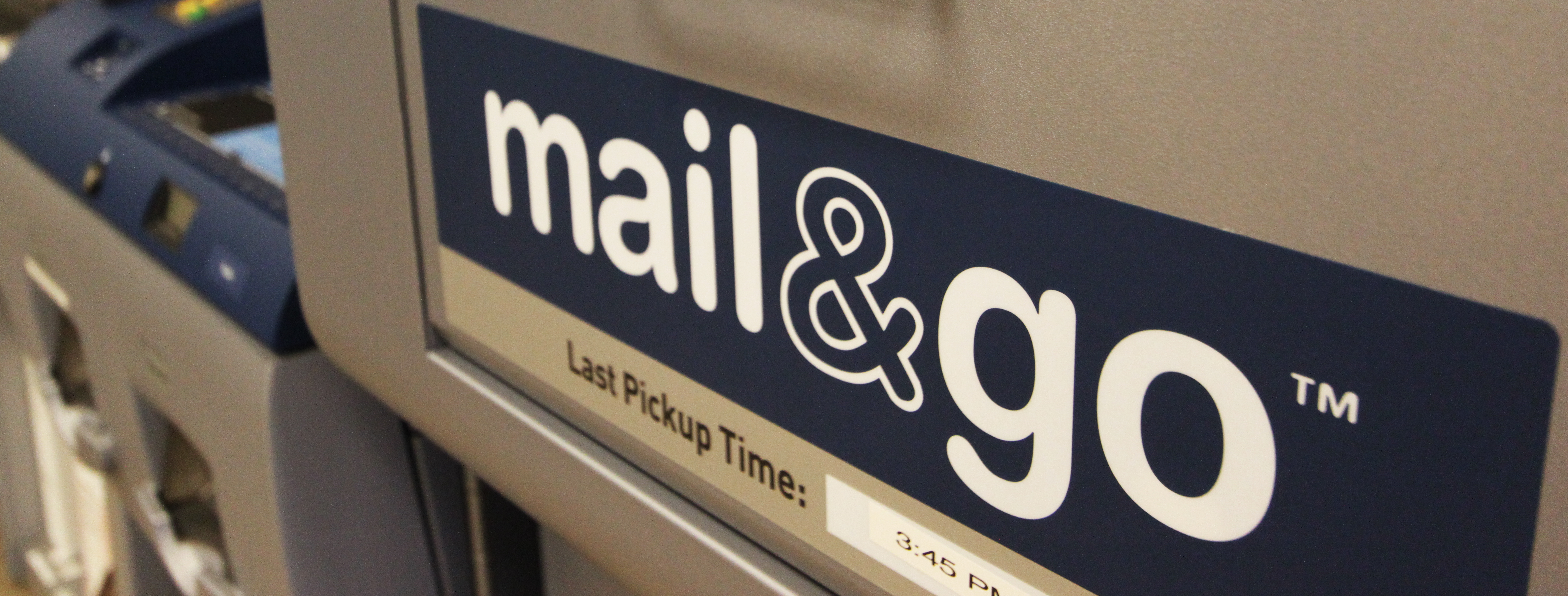 Mail and go Kiosk