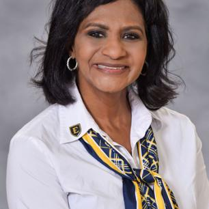 Photo of Dr. Roslyn Robinson PhD, MBA, BSN RN Assistant Dean of Practice and Community Partnership, robinsonre@etsu.edu