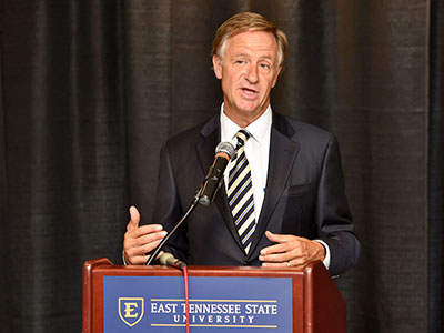 TN Governor Bill Haslam speaks to audience about FOCUS Bill.
